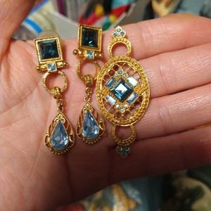 Antique Brouche And Earrings for Sale in Albuquerque, NM