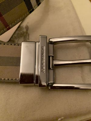 Size 32 Burberry Belt for Sale in Sayreville, NJ