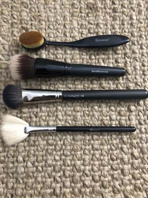 Brush Set for Sale in Lynnwood, WA