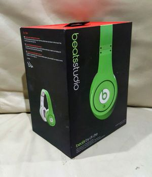Beats Studio by Dr. Dre wired headphone green apple for Sale in Houston, TX