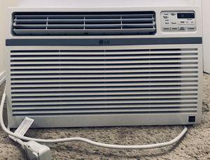 LG energy star window AC unit. for Sale in Everett, WA