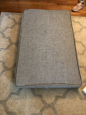 Brentwood Homes Dog bed XL. Used maybe 10 times. Machine washable outer lining. Memory foam bedding. Originally $85. for Sale in Alexandria, VA