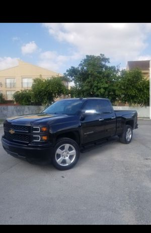 Chevi silverado for Sale in Miami, FL