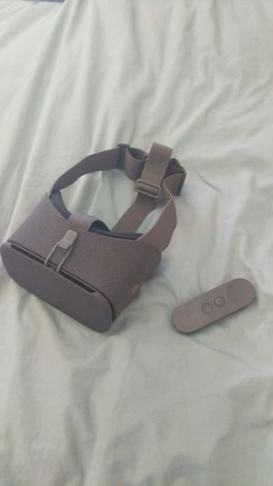 Google Daydream Virtual Reality (VR) Headset for Sale in San Diego, CA
