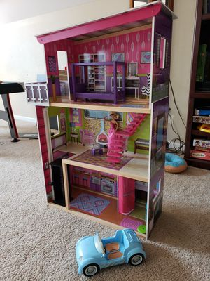Barbie Doll House with Accessories and Dolls for Sale in Lebanon, TN