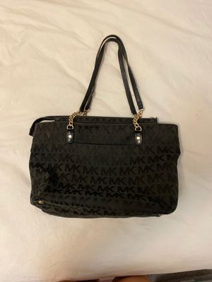 Michael Kors black purse for Sale in Honolulu, HI