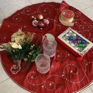 Christmas 🎄 Skirt, Ornaments And Candle Holder, Saya Para Arbol De Navidad, Adornos Y Porta Velas for Sale in Miami, FL