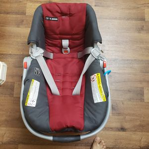 Graco baby car seat and stroller in excellent condition for Sale in Tempe, AZ