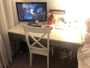 Large Desk for Sale in Imperial Beach, CA