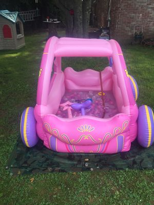 Princess carriage pool used for a week only! $10 for Sale in Nashville, TN
