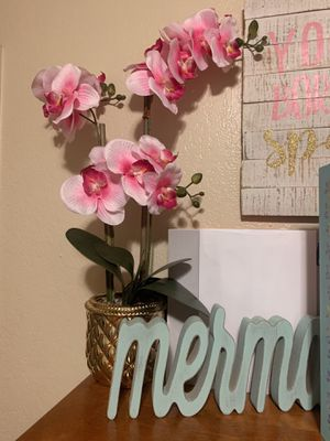 Fake Plant Decoration for Sale in Visalia, CA