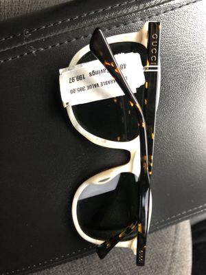 Gucci sunglasses for Sale in Everett, WA