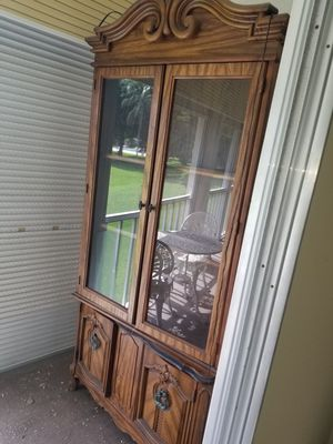 FREE CHINA CABINET !!! EASY TO REMOVE TWO PIECES for Sale in Pompano Beach, FL