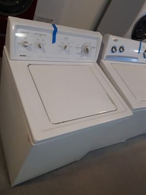 KENMORE TOP LOAD WASHER WORKING PERFECTLY 4 MONTHS WARRANTY for Sale in Baltimore, MD