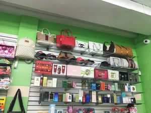 Purses for Sale in Cheverly, MD