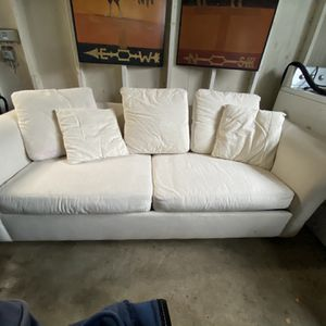 Pottery Barn Sleeper Sofa for Sale in Oregon City, OR
