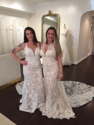 Wedding Dress, Martina Liana, style 948, size 10, Ivory and White, Purchased for $3,000.00 for Sale in Orlando, FL