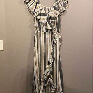 Hint of blush wrap dress vertical stripes XL womens summer clothing for Sale in Oregon City, OR