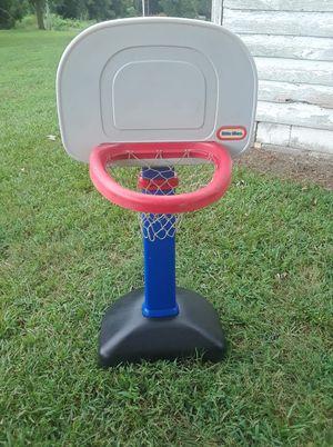 Little tike basketball hoop for Sale in Zebulon, NC