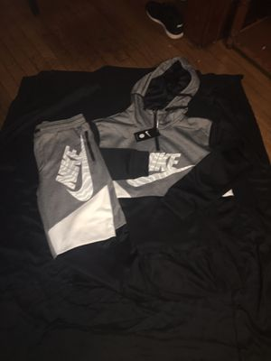 NIKE JOGGERS for Sale in Milwaukee, WI