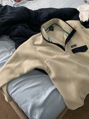 2 Patagonia pullovers for Sale in Mesquite, TX
