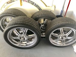 Hankook low profile tired and rims 275-35-19 off of my Cadillac CTS for Sale in Holiday, FL
