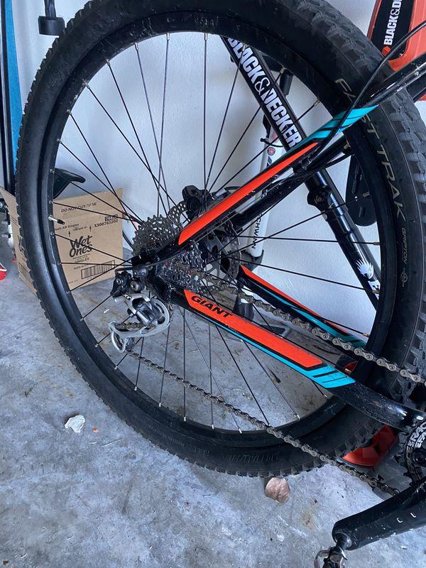 Giant Mountain Bike 29ner