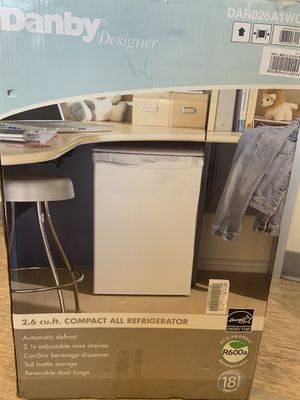 Compact Refrigerator for Sale in San Diego, CA