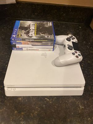 Sony PS4 PlayStation 4 limited edition White console with controller, games and Hook up wires for Sale in Land O Lakes, FL