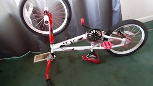 Girls Bike Pink and White for Sale in Tacoma, WA