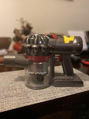 Dyson V7 Trigger + Extras for Sale in Santa Monica, CA