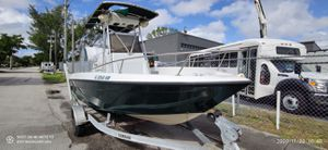1994 Sport Craft 18ft Center Console AND trailer PROJECT BOAT ENGINE NO OPERATING NEEDS TLC ITS BEEN BEATEN BY MOTHER NATURE SITTING ON A DOCK for Sale in Miami, FL