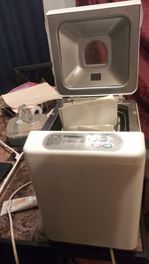Breadman bread maker for Sale in St. Peters, MO