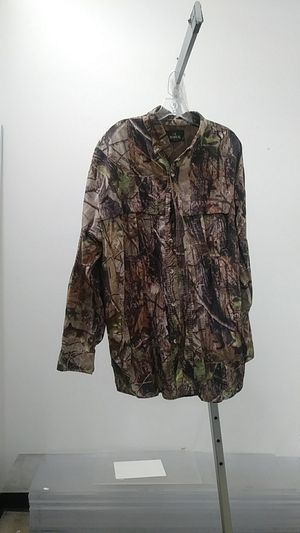 Red Head Camo Dress Shirt $8 Sz XL at Zera Outlet 5303 E Colonial Dr suite g, Orlando, FL 32807 for Sale in Orlando, FL
