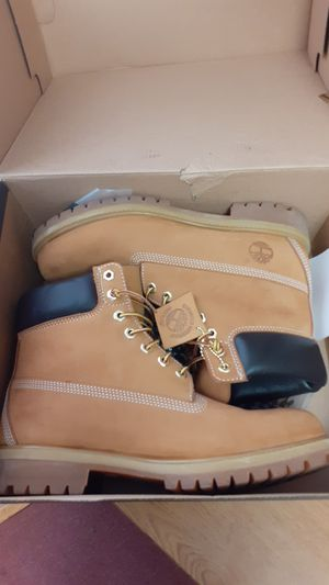 Timberland Premium Wheat (Butters) size 9 1/2 for Sale in Dover, DE