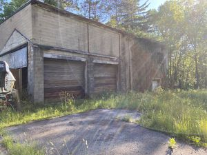 Garage on 3.67 acres Lot for Sale in Analomink, PA