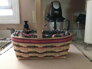 Longaberger basket for Sale in RAISINVL Township, MI