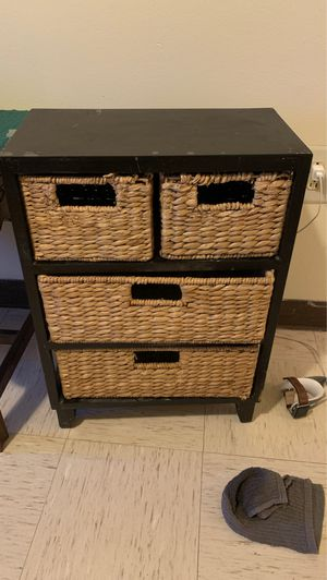 Small storage shelf w baskets for Sale in Sweetwater, TX