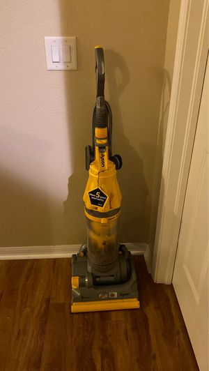 Vacuum for Sale in Riverview, FL