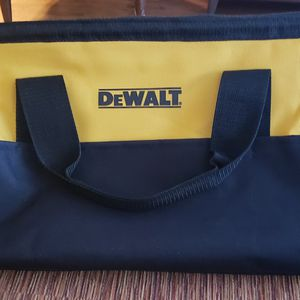 DEWALT CONSTRUCTOR TOOLS BAG. for Sale in Naperville, IL