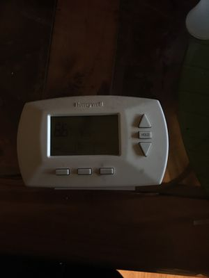 THERMOSTAT HONEYWELL for Sale in Perris, CA