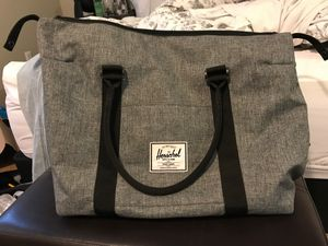 Herschel supply co carry on tote bag gray for Sale in Tacoma, WA