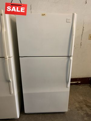 🚀🚀🚀Delivery Available Refrigerator Fridge Whirlpool Top Freezer #1345🚀🚀🚀 for Sale in Jessup, MD