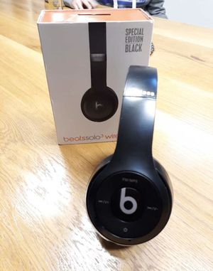 Beats Bluetooth Wireless Headphones for Sale in Greensboro, NC