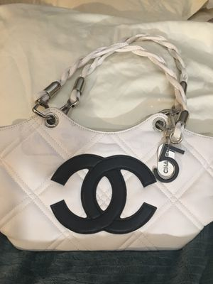 Chanel new hand bag for Sale in West Valley City, UT
