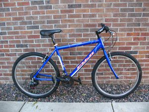 Fuji Odessa 2.0 Mountain Bike, Excellent Condition, Just Tuned for Sale in Louisville, CO