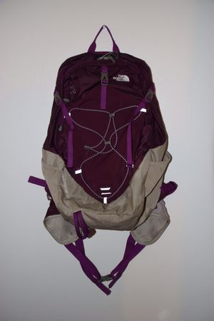 Northface Angstrom 28 pack for Sale in Anchorage, AK
