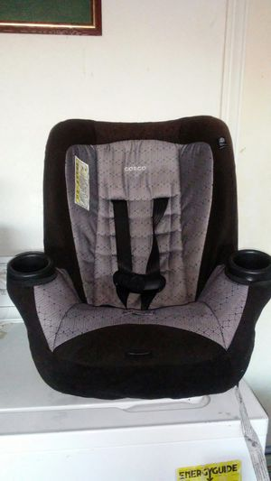 Car seat expires in 2025 for Sale in Palmdale, CA