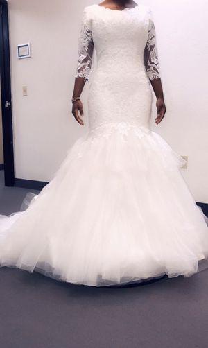 Mermaid/Trumpet White Wedding Dress for Sale in Phoenix, AZ