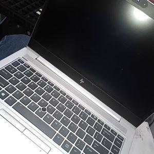 HP elitebook 840 G5 41 Ltd notebook intel core i5 (8th gen)i5-835ou quad core (4 core)1.7GHz-8gb DDR4 SDRAM- 256gb SSD- WINDOWS 10 PRO for Sale in Torrance, CA
